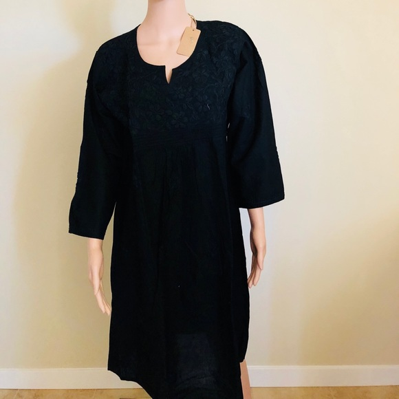 Tops - Plain black kurti Large